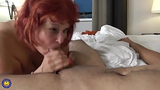 Red haired, American mature steppe stockings likes close by shot at casual sexual connection with younger guys