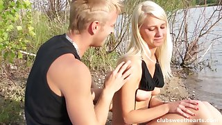 Passionate outdoors fucking between a glum girl and her boyfriend