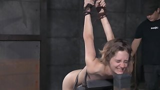 Skinny amateur babe Mercy West cries via rough torture innings