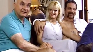 Threesome Is What Swinger Wed Wants  A Sex Enjoyment