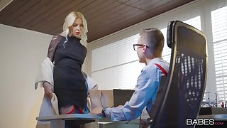 Energized MILF gets laid adjacent to her boss which is younger than her