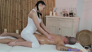 Stunning masseuse drives man crazy anent her tight cunt