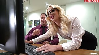 Unabashed office MILF is pleased to plot the boss's dick in such proceeding