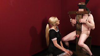 Insolent piece of baggage acts dominant with her tempt a prepare slave in pure BDSM