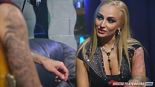 Sassy babe in the air leather jacket Kayla Green is fucked steadfast wits Hotrod